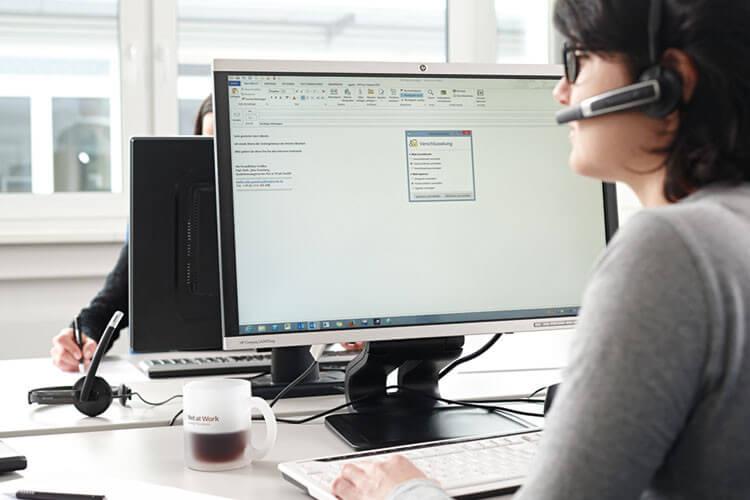 Mit der Basis-Service-Vereinbarung erhalten Sie Unterstützung für definierte Systeme Ihrer IT.