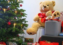 Net at Work - Aktion Wunschbaum bereitet Bewohnern von Kinderheim große Freude