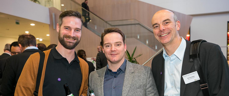 Dirk Schmidtpott, Leiter Vertrieb, und York Karsten, Business Development Manager, sind für Net at Work nach München ins Microsoft Headquarter gereist, um unsere langjährige Partnerschaft mit Microsoft Deutschland weiter zu festigen und auszubauen.