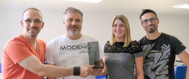 Überraschende Siegerehrung bei AvePoint: Net at Work räumt den Rising-Star: Award in München ab